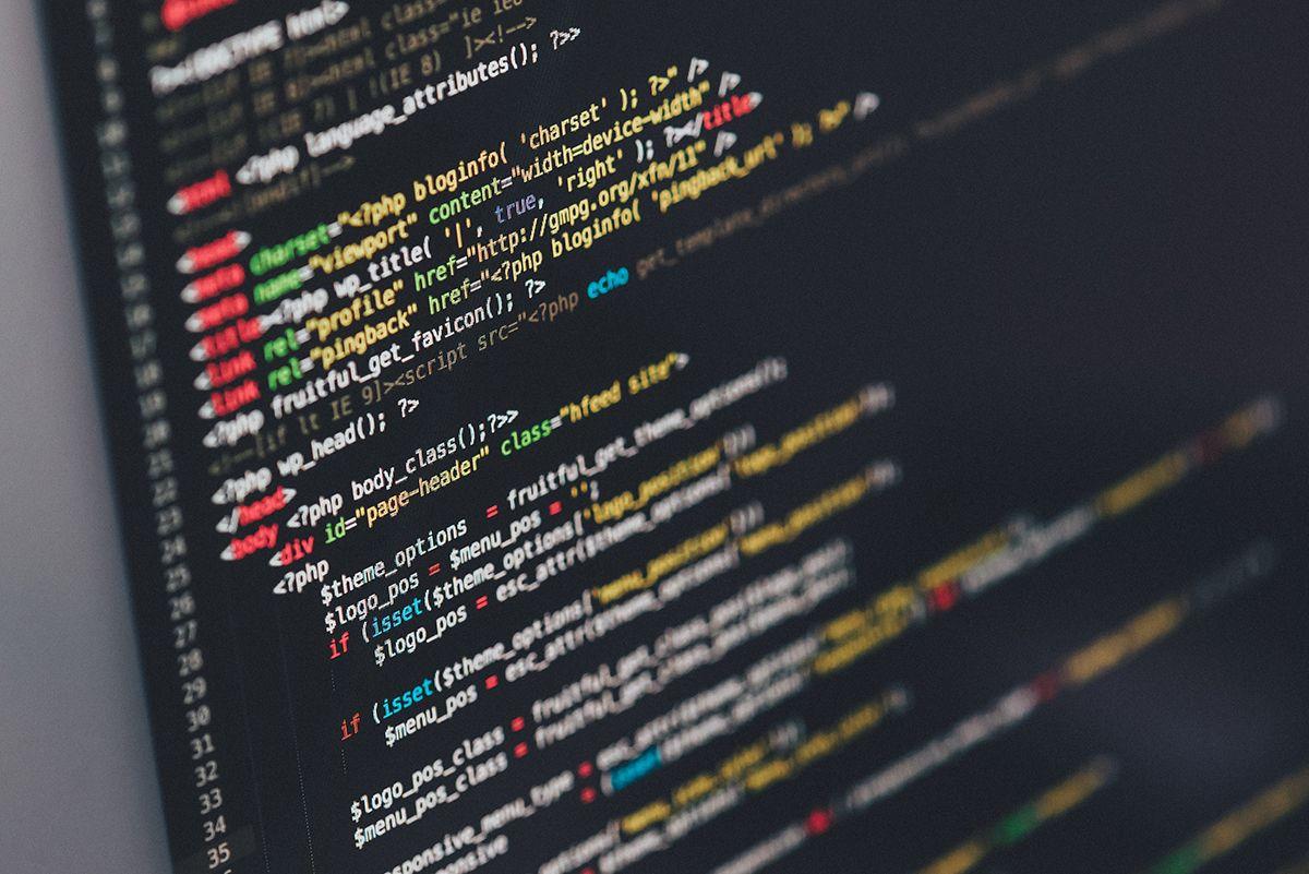 Formation sur les langages du web comme html, css et php à Fos sur mer